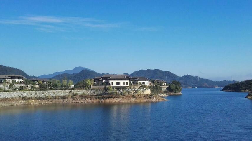 隐逸千岛湖中的爱居酒店 - Hangzhou - Villa