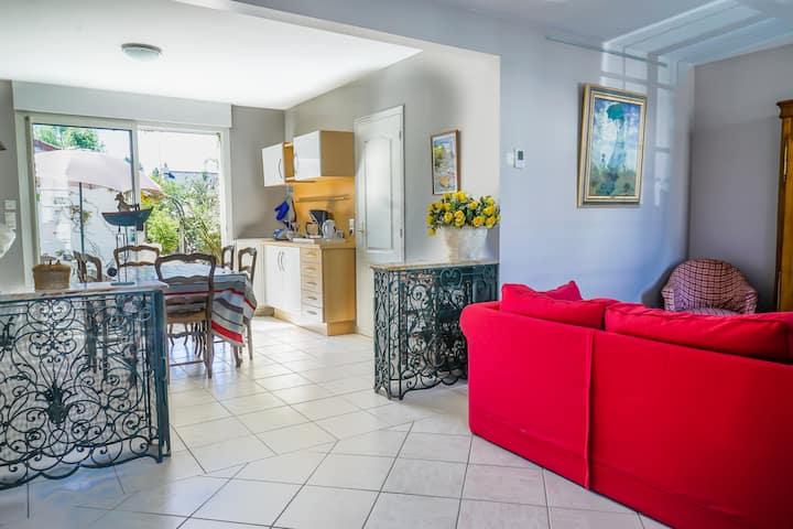 Maison avec terrasse et jardin à 300m de la plage
