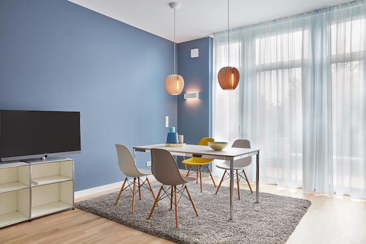 2-Zimmer Design-Penthouse auf der Insel Eiswerder