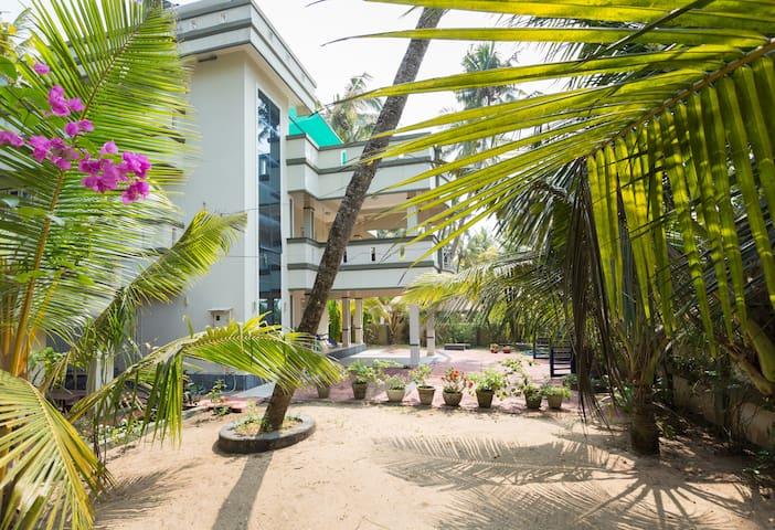 Sea Facing Three Bedroom Luxury Villa Cherai Beach