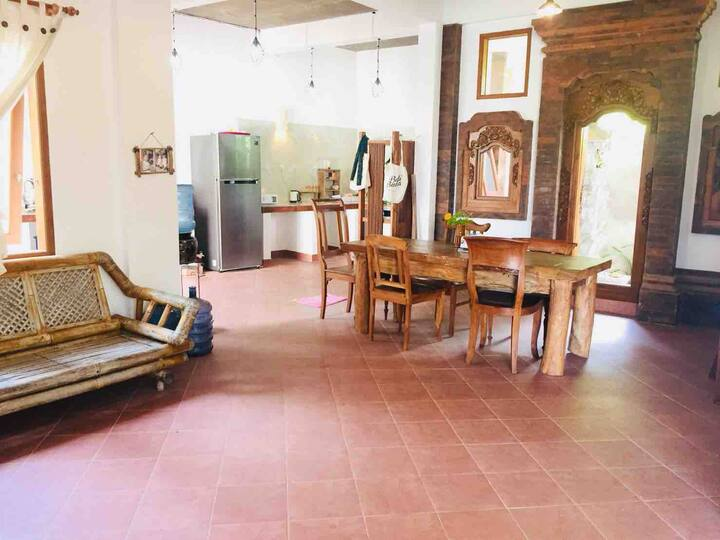 Stone's Home Stay 2 surf and yoga room Dhyana