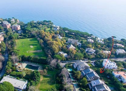 Peaceful apartment in seaside gated community - Arenzano - Lejlighed