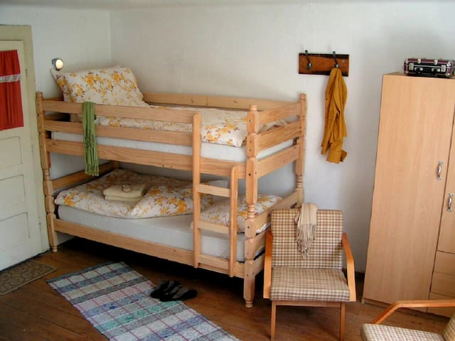 Bunkbed for 2 persons.