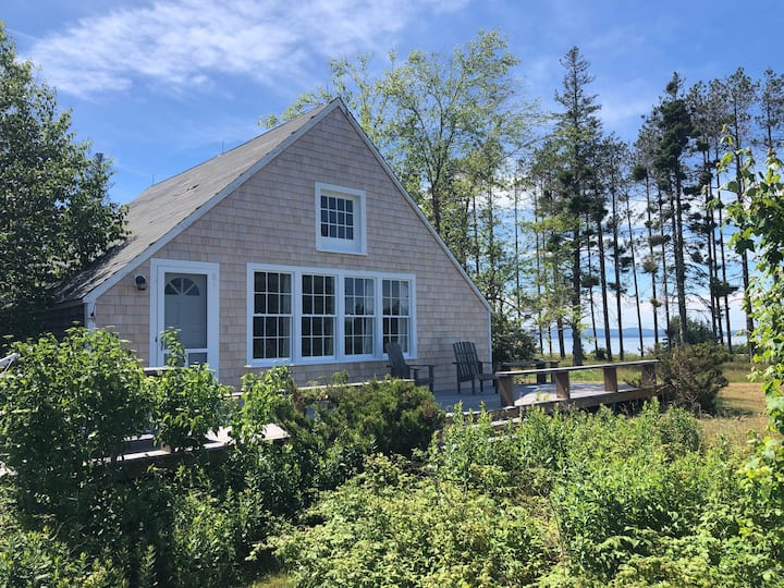 The Forge: Spectacular Views on North Haven Island