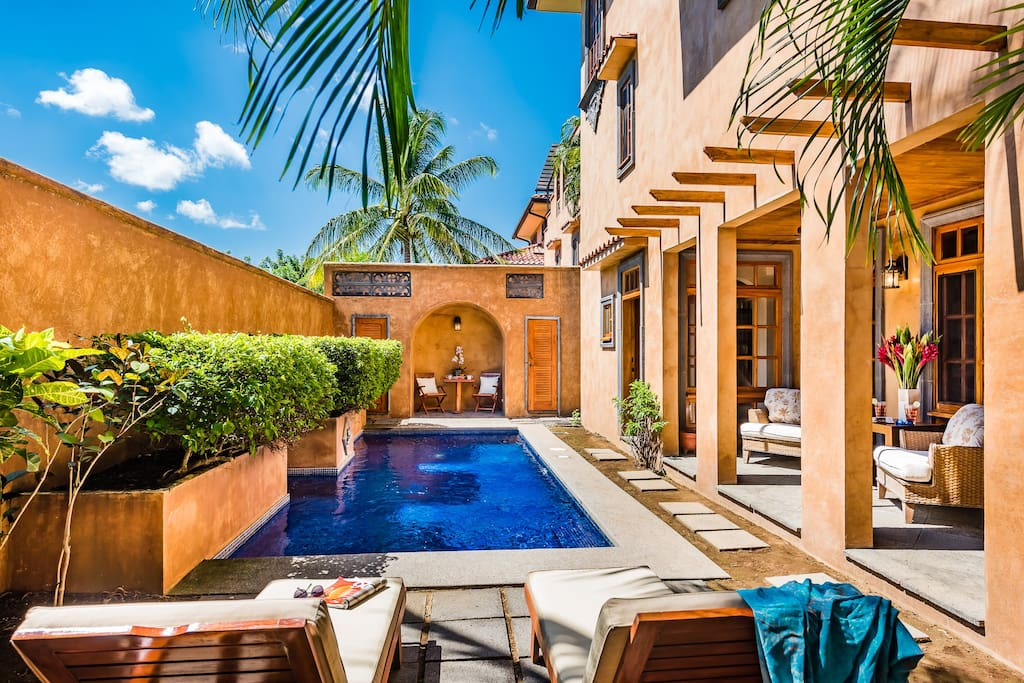 A private oasis bathed in the sun
