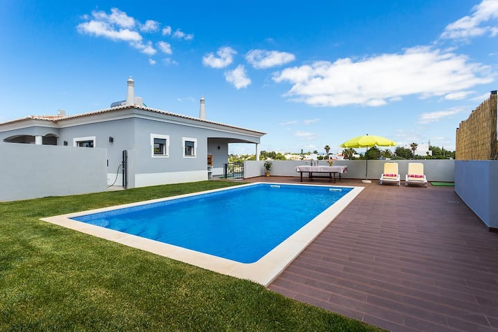 Fabulous 3 bedroom house in the heart of the Villa
