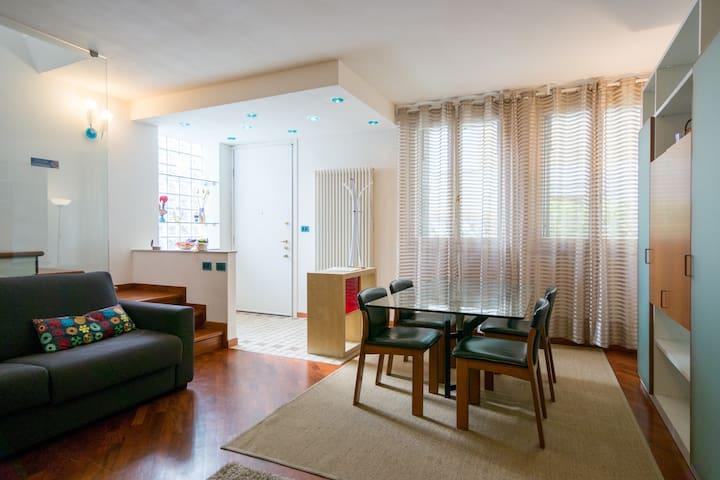 Casa con ingresso indipendente spaziosa comoda - Mestre - Casa