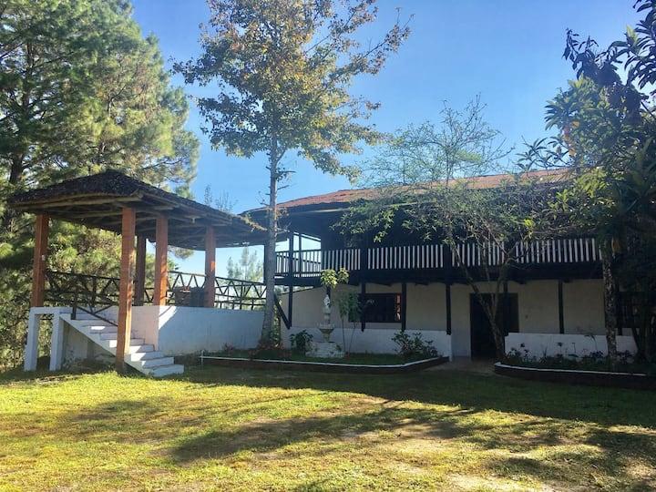 """Casa """"Las Bugambilias"""""""