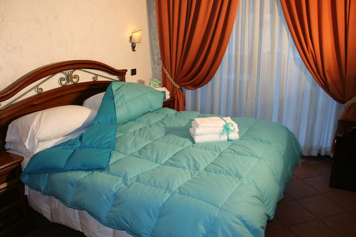 2 BED  ROOMS  SUITE  APARTMENT - Isola Sacra