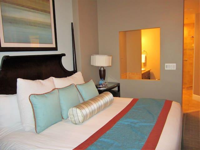 2 BR Wyndham Resort @ National Harbor - Oxon Hill - Timeshare