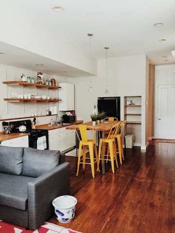 Charming Condo | Pendleton | 6mo+_Price Negotiable