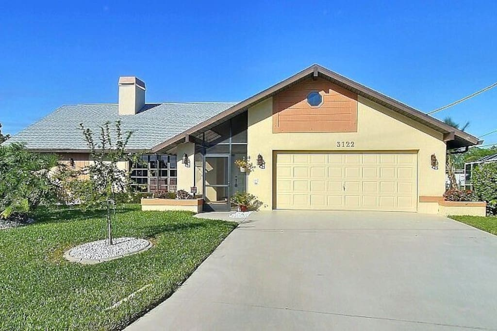 Coral Rose Houses For Rent In Cape Coral Florida United States