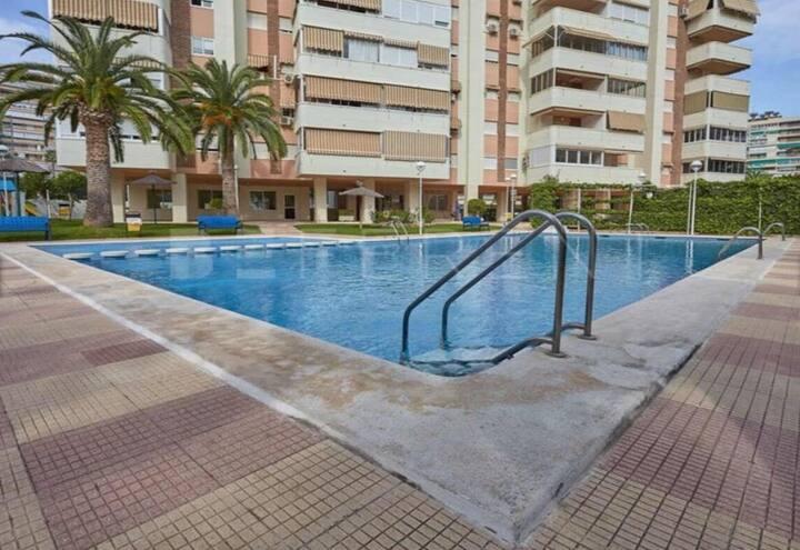 Apartamento  con piscina ideal para familias