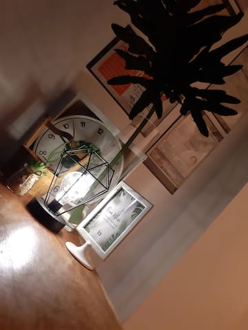 Homecourt Inn Family Room- B
