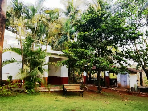 Aesthetically done up farm house 2 hrs from Mumbai
