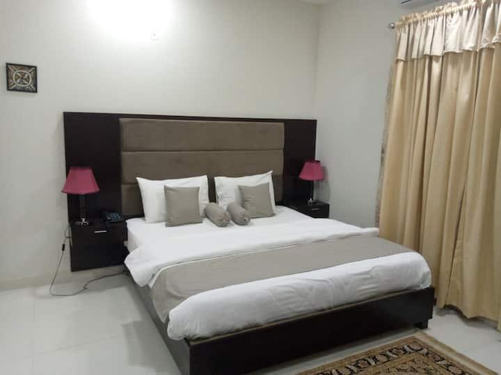 Monarch Residency luxury guest house