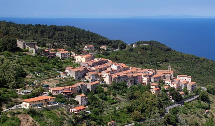 Piccola casa rosa Marciana, Isola d'Elba