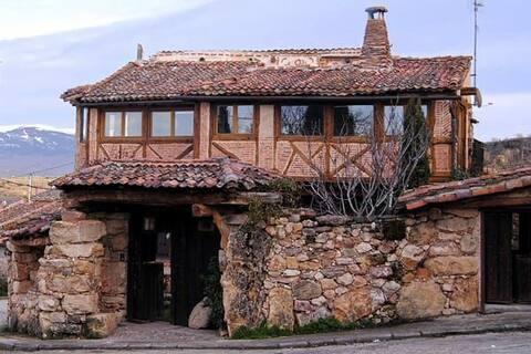 """Casa rural con encanto """"el canto del pájaro"""""""