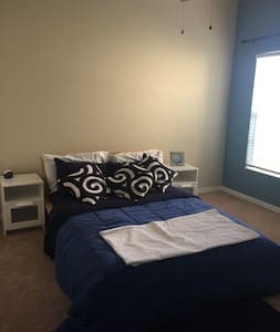 Friendly and Clean Space with great amenities - Orlando