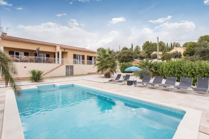 Villa Gabian w/pool,  the calm resort for families