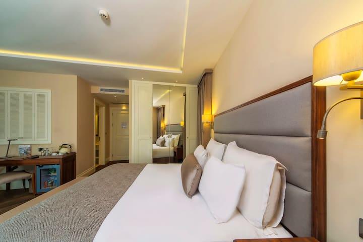 HOTEL MORIONE