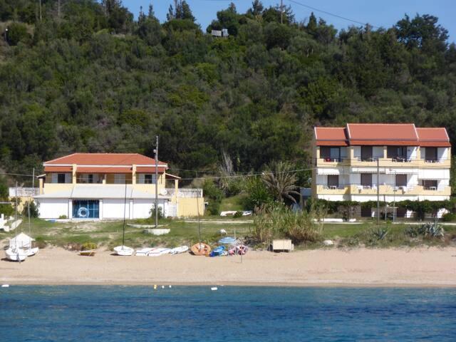 Traumhaften Meerblick genießen in Agios Georgios - Afionas - Wikt i opierunek