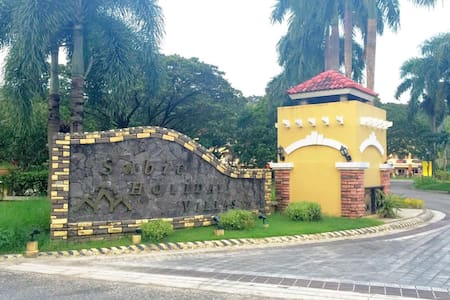 Subic Holiday Villas Unit for rent - Subic Bay Freeport Zone