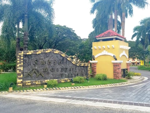 Subic Holiday Villas Unit for rent