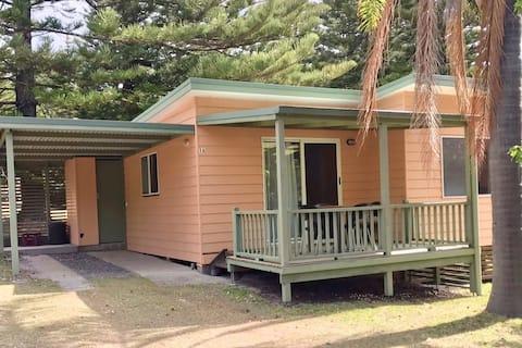 Kioloa Beach Holiday Cabins (Cabin 1A)