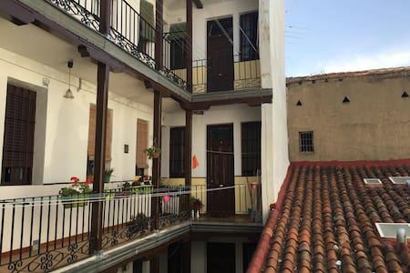 Maravilloso apartamento en el centro de Madrid. - Madrid - Apartment