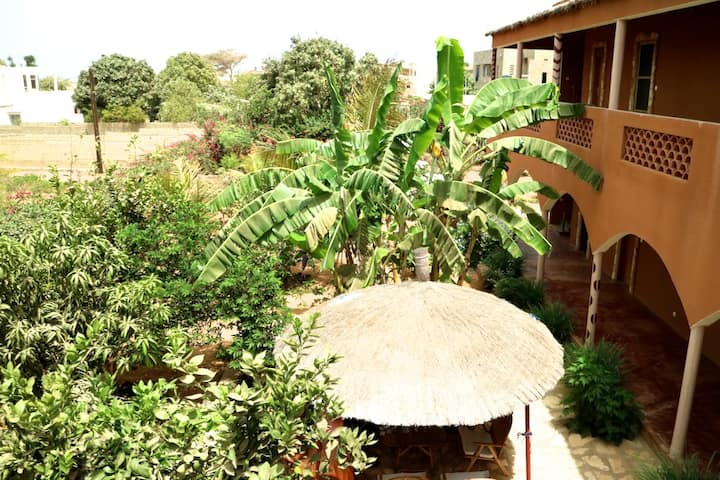 Double Rooms in a tropical garden @Begue Pokai