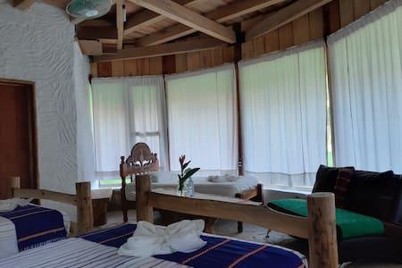 Hab cuádruple Eco Hotel Sak Nok