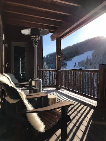Serene 2 BR ski-in/ski-out in Big Sky