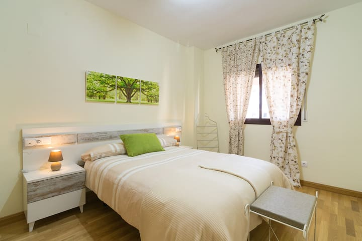 Jardines del Litoral, 3 dormitorios - Málaga - Apartment