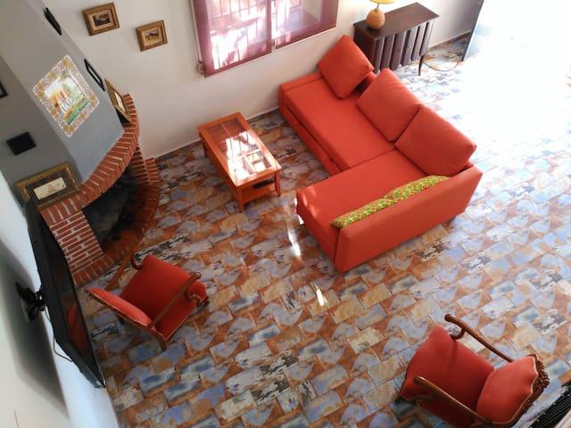 Casa con Encanto en La Aldea de Chulilla - Valencia - House