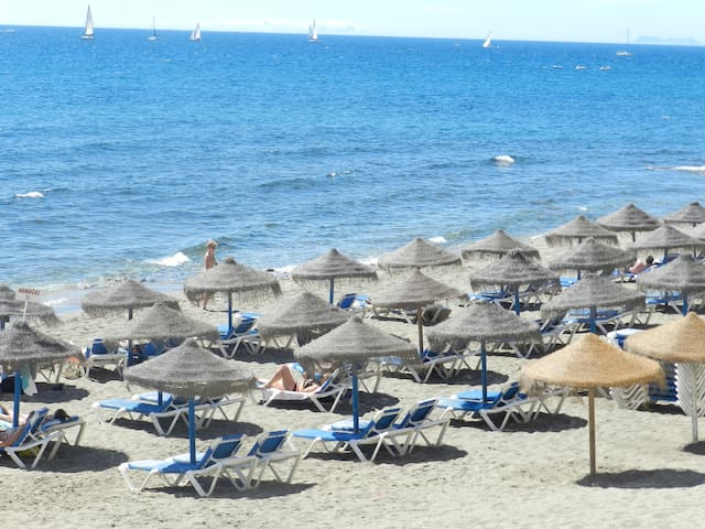 Confortable apartment close to the beach, 150m. - Marbella - Daire