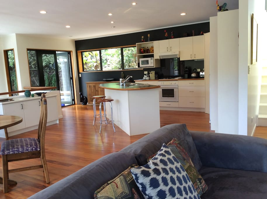 Fabulous open plan living, dining and kitchen
