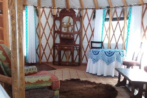 Sanctuary Farm Yurt Glamping with Breakfast