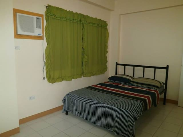 Affordable rooms for rent NEAR AIRPORT and MALLS - Ciutat de Mandaue - Pis