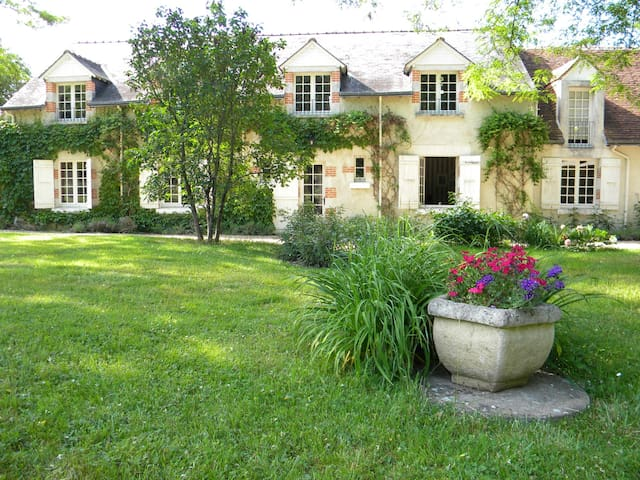 Cottage, chambre Napoléon - Cheverny - Bed & Breakfast