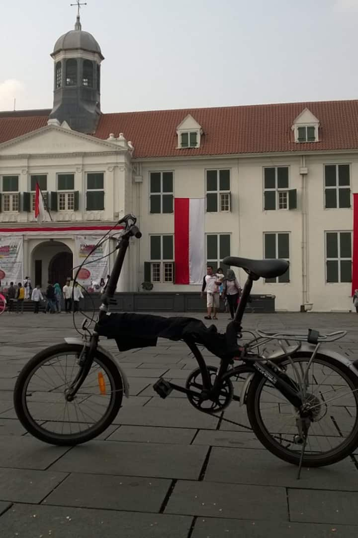 Old Town and the folding bike we use!