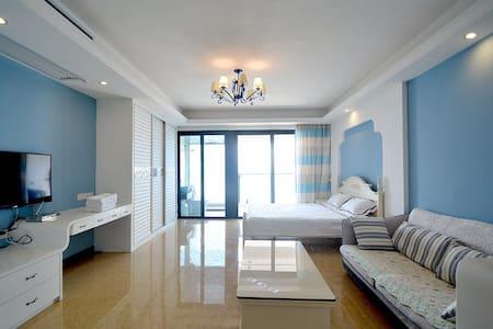 北海北部湾一号一线海景公寓,整套出租 74平米 独立观海阳台 自带厨房 - Beihai - Appartement