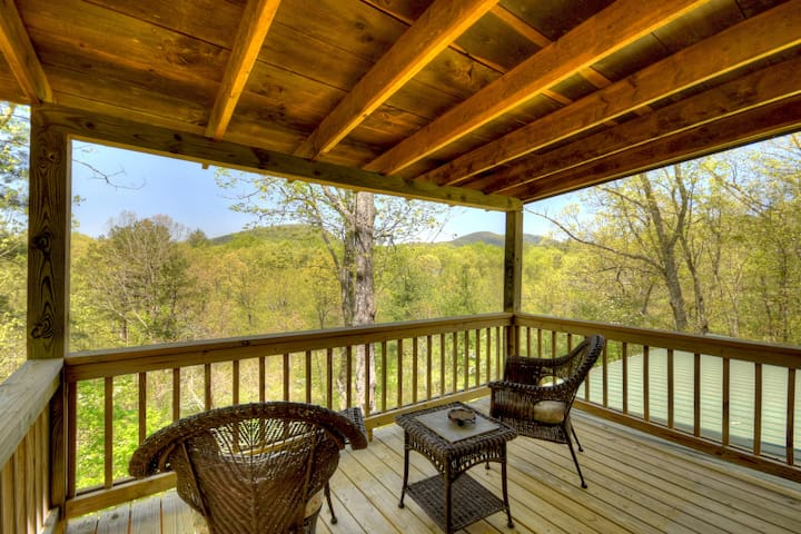 Upper Level Deck with North GA Mountain View