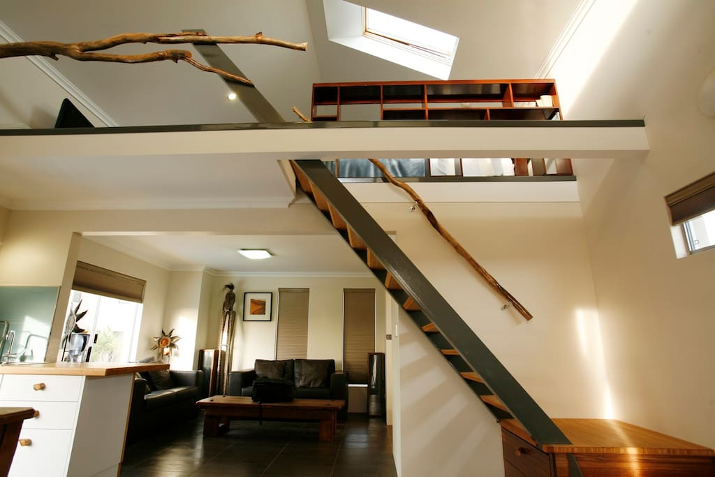 Guests must be able to manage small stairs.