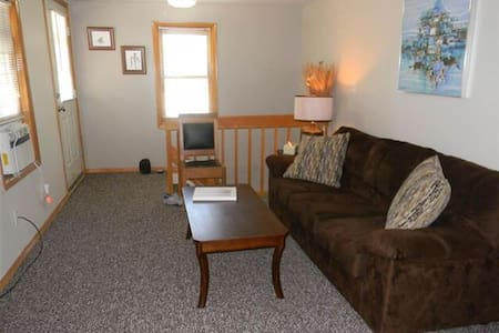 1-BR Apartment close to downtown! - Saratoga Springs
