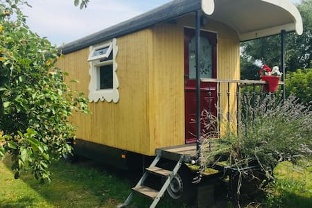 Holiday Home in Bergen op Zoom with Garden