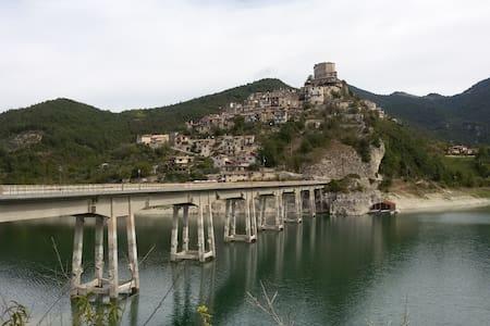 Casa Matilda - Castel Di Tora