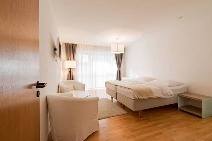 Frankfurt City-South (Apartment  02) - Frankfurt - Apto. en complejo residencial
