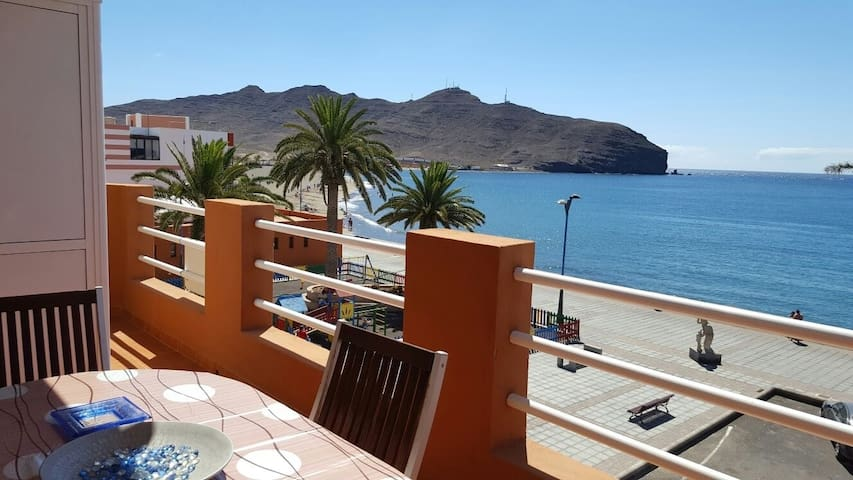 Apartment frontline beach - Gran Tarajal