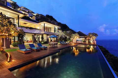 Up to 15-28% Off 4BR Ocean View Villa By Elevate